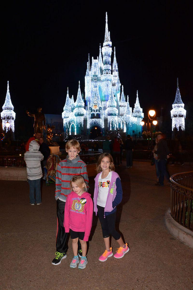PhotoPass_Visiting_Magic_Kingdom_Park_7528366201